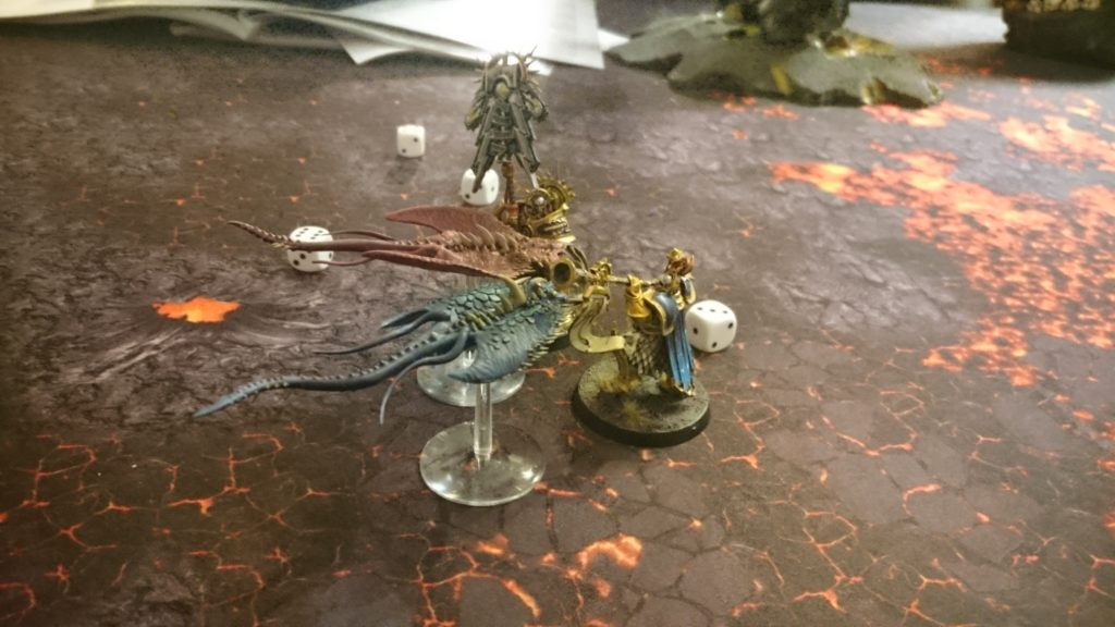 The Screamers lay into the Stormcast heroes, but lose one of their own number in each combat. The hated Knight-Heraldor is wounded, but eventually only one Screamer remains.