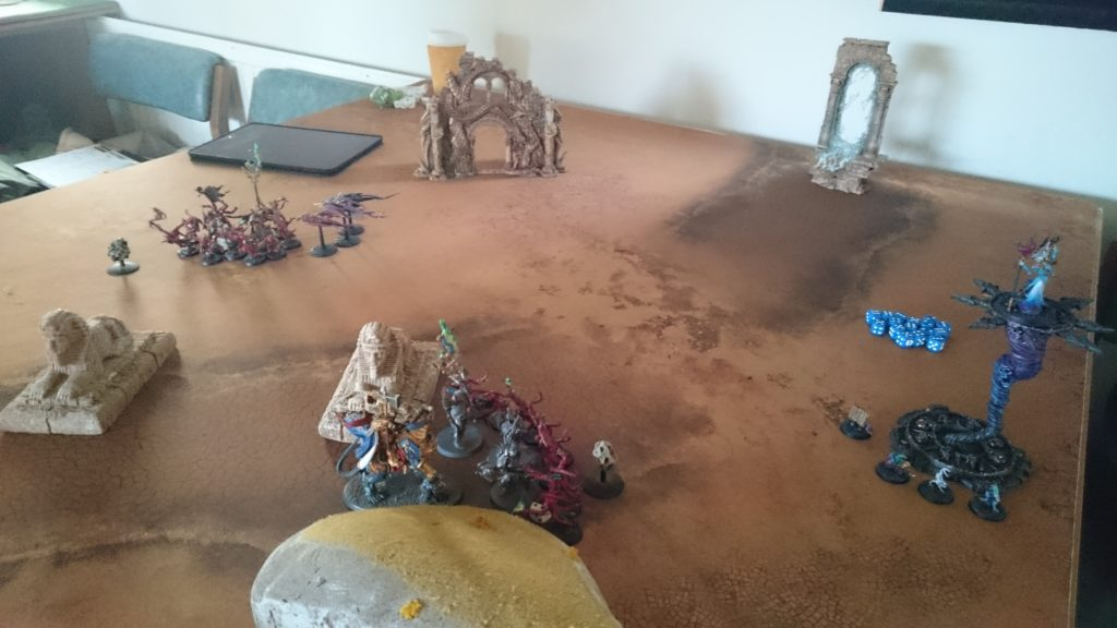 Despite the seemingly inexhaustible tide of Pink Horrors besieging them, control of the Sigmarite shards remains in Stormcast hands. Unable to sustain the daemonic onslaught in the face of the ascendant might of Sigmar, the Twilight Composer vanishes, its prize abandoned. At great cost, the Stormcast have won the day.